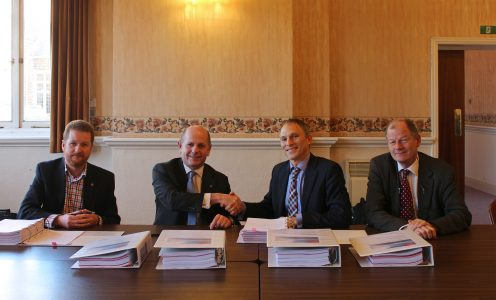 l-r-pierre-boyde-and-bart-heijermans-from-deepocean-sign-contract-with-d