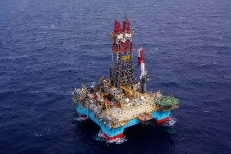 Maersk Drilling secures important contracts for three rigs - Ocean